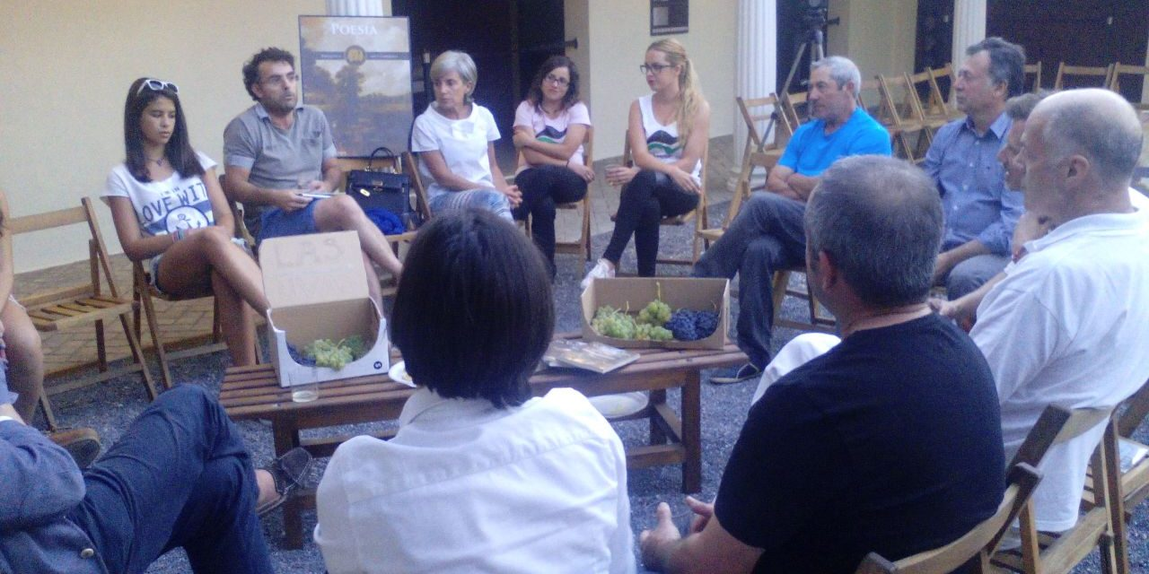 Conversación en Las Médulas a la caída de la tarde